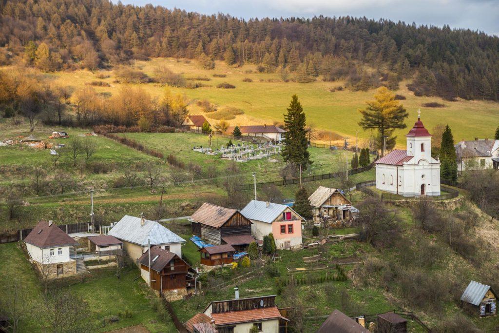 Dedina Lačnov fotograf Branislav Bruder