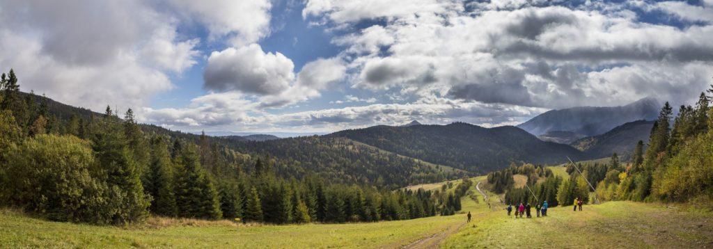 Cestou dole Bachledova dolina. Fotograf Branislav Bruder