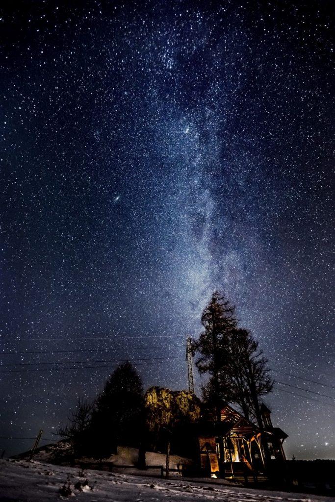 Nočná obloha pri skalke Tvrdošín, mliečna cesta, fotograf, Branislav Bruder